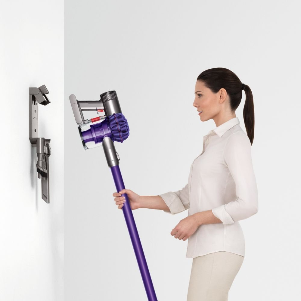 dyson_v6_up_top_aspirateur_balai_support_mural_recharge